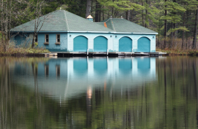 Your Boathouse Doors Should Be Sturdy and Beautiful