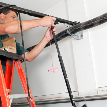Boathouse Garage Door Repair in Barrie, Ontario