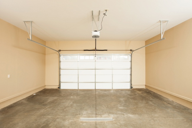 Looking at Garage Door Openers? Here's What You Need to Know!
