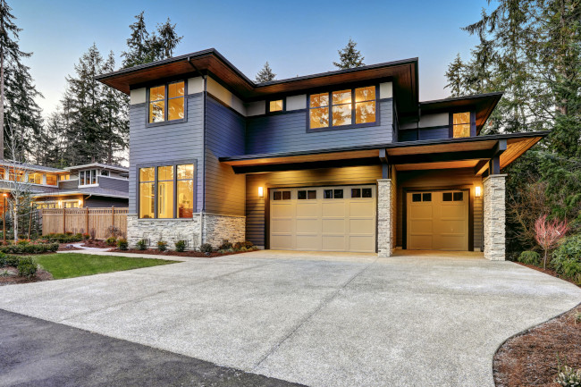 3 Tips on How to Select a Garage Door Contractor